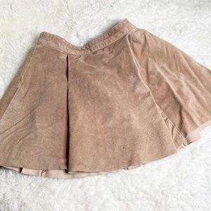 H&M tan Pleated Aline Suede Skirt 10